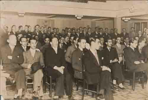Syndicato de Bancários BH – Ao Syndicato dos Bancários de Pernambuco – Assembléa Geral Extraordinárioa realizada neste Syndicato, com representantes dos Syndicatos de Rio, São Paulo e Porto Alegre. - 12/Vl/1935